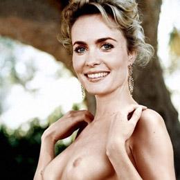 Radha Mitchell nahá