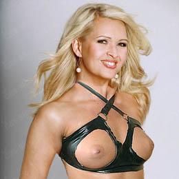 Adriana Kmotríková nahá