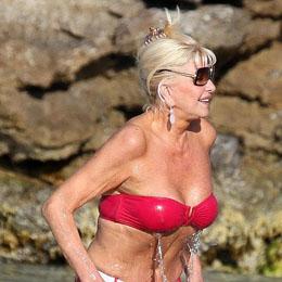 Ivana Trump nahá