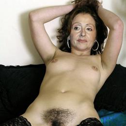 Vicky Leandros nahá