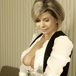 Marianne Hartl nahá