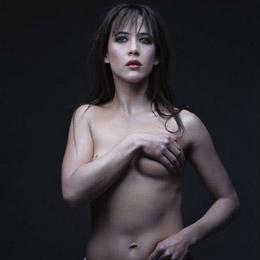 Sophie Marceau nahá