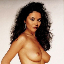 Catherine Zeta-Jones nahá