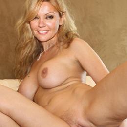 Christina Pappa nahá
