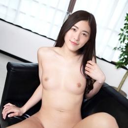 Jurina Matsui nahá