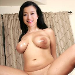 Kyōka Suzuki nahá