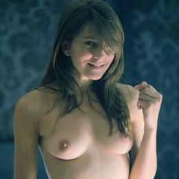 Kamilla Baar nahá