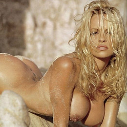 Pamela Anderson nahá