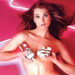 Brooke Shields nahá