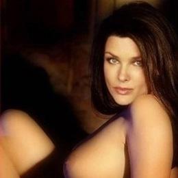 Dina Meyer nahá
