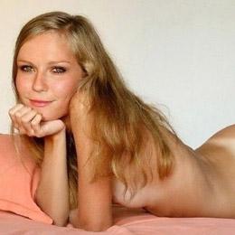 Kirsten Dunst nahá