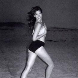 Liv Tyler nahá