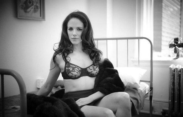 Anna Silk nahá. Foto - 4