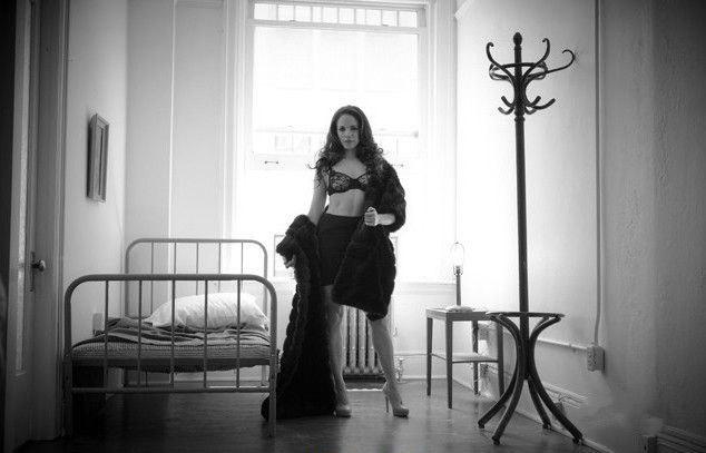 Anna Silk nahá. Foto - 7