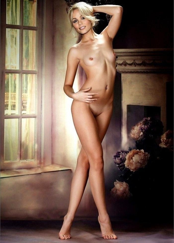 Laura Vandervoort nahá. Foto - 12