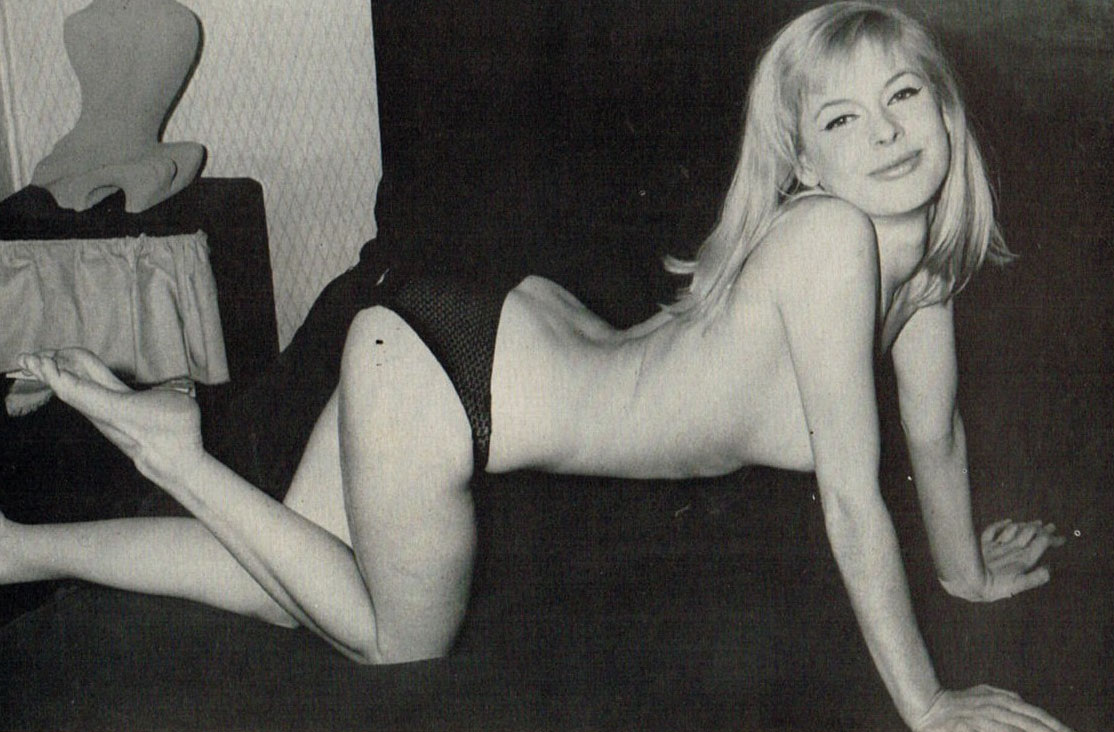 Astrid Frank nude. Photo - 36