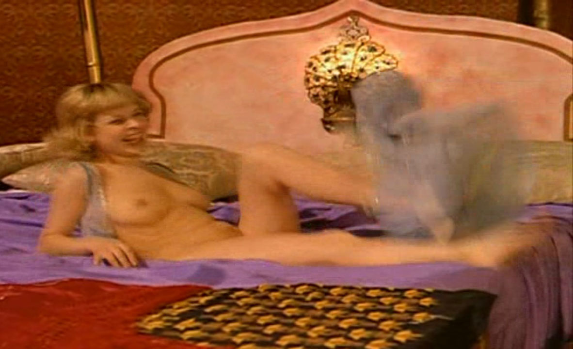 Astrid Frank nude. Photo - 41
