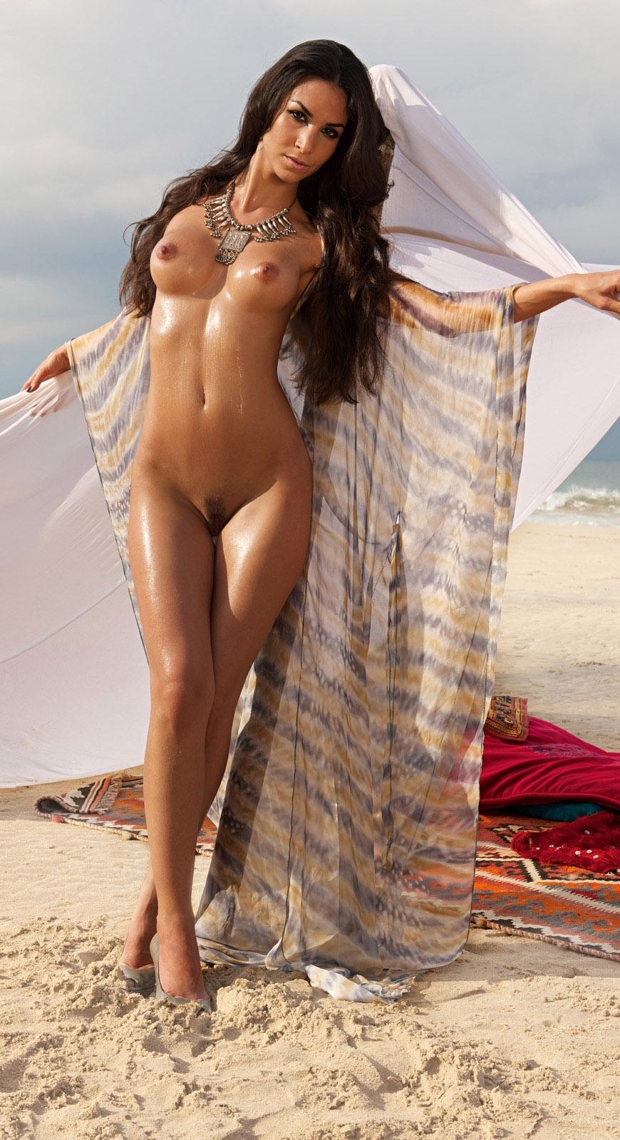 Nude. Photo - 21