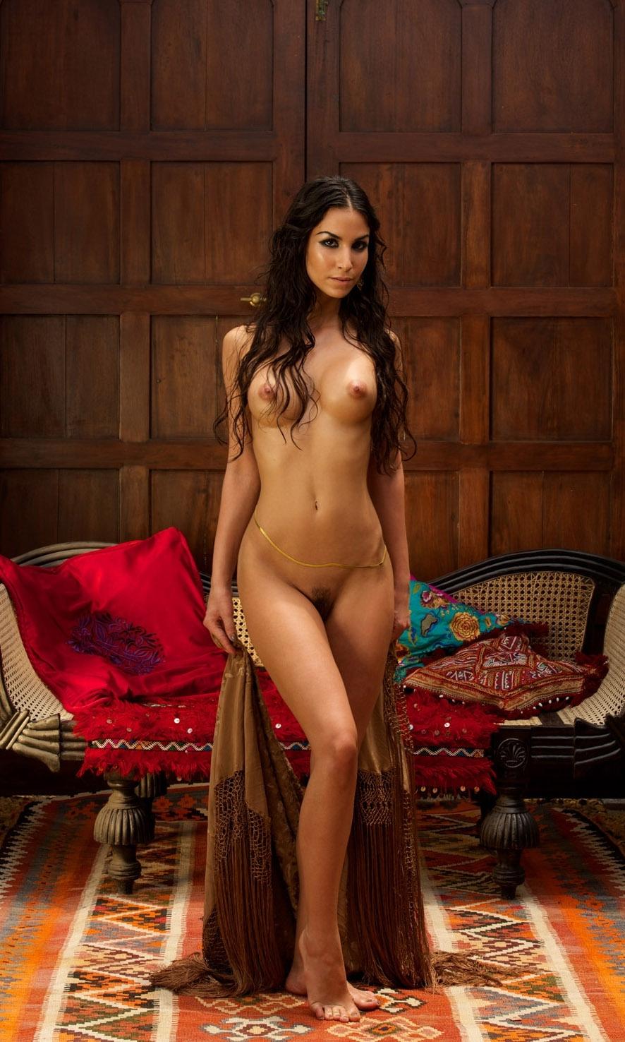 Nude. Photo - 24
