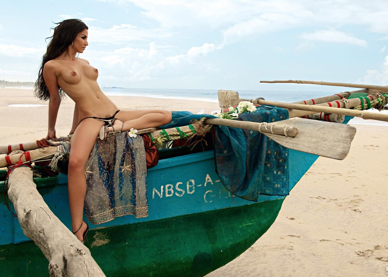 Nude. Photo - 49