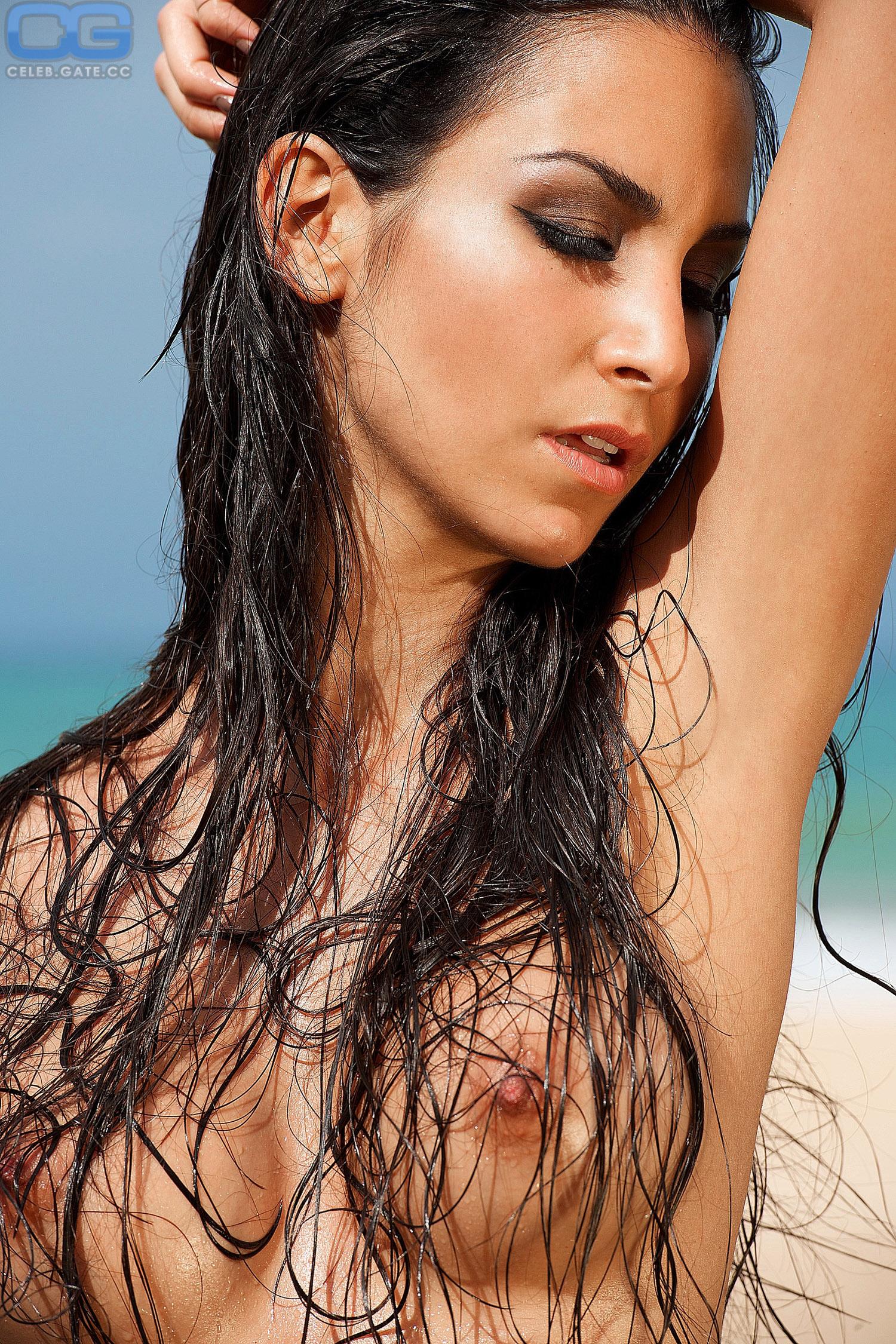 Nude. Photo - 61