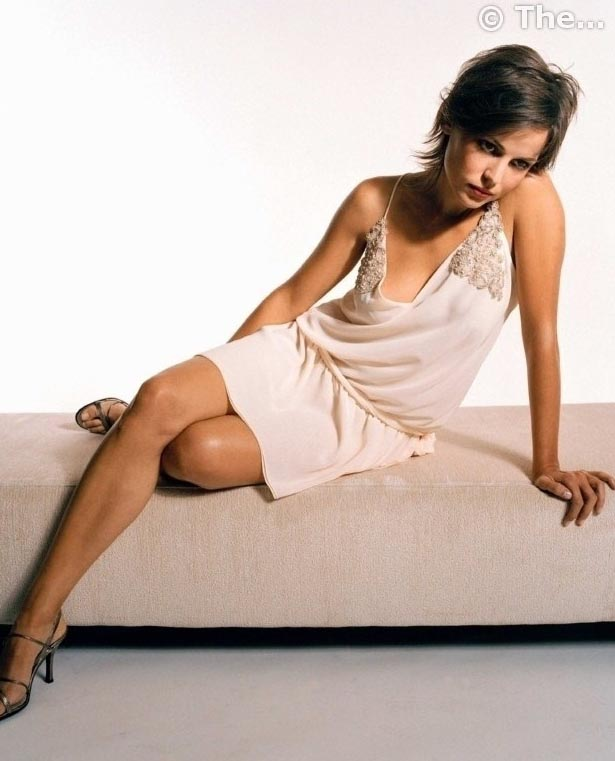 Elena Anaya nahá. Foto - 3