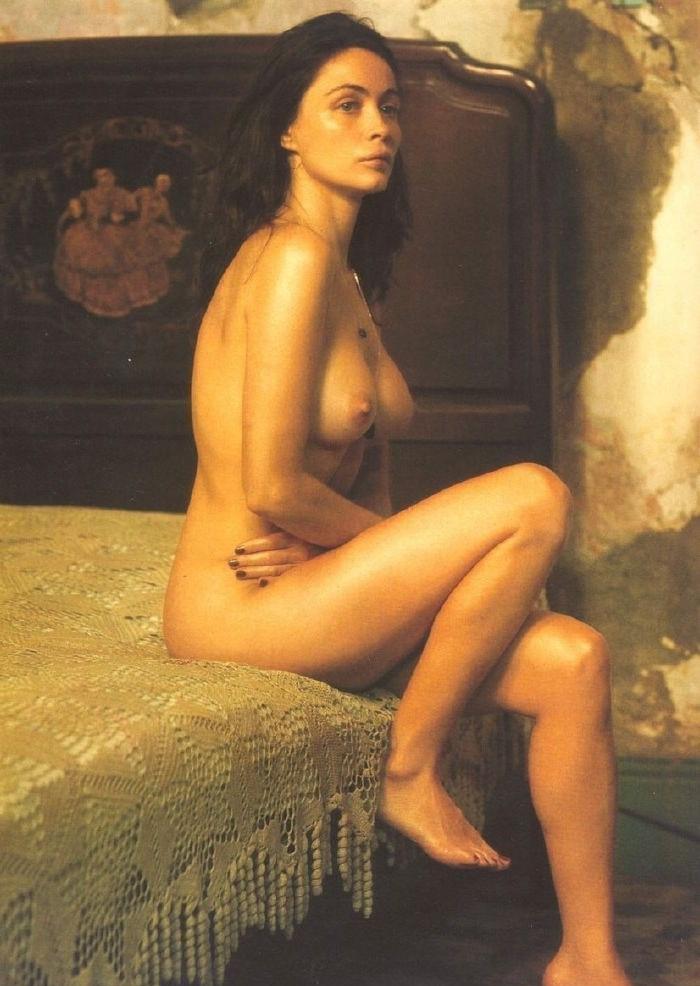 Nackt  Emmanuelle Beart Emmanuelle