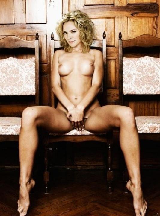 Kim Cattrall nahá. Foto - 2