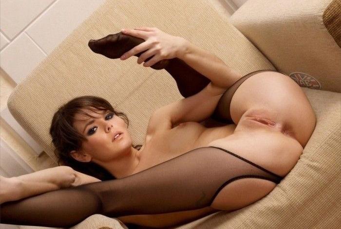 Cheryl Cole nahá. Foto - 3
