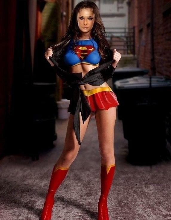 Cheryl Cole nahá. Foto - 32