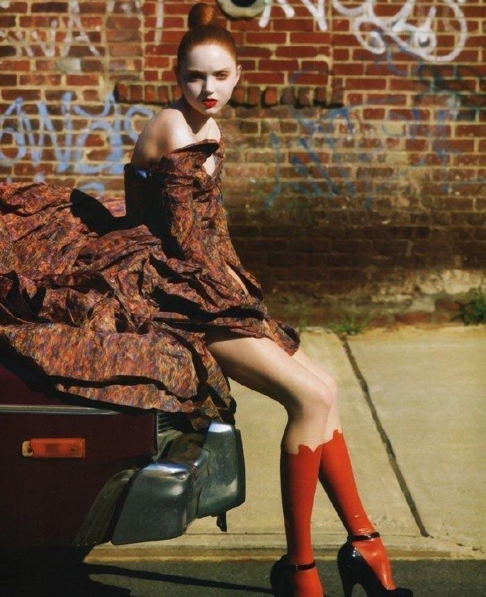 Lily Cole nahá. Foto - 1
