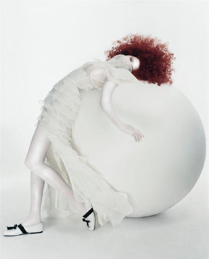 Lily Cole nahá. Foto - 8