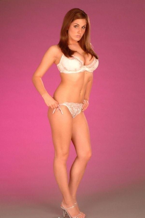 Lucy Pinder nahá. Foto - 4