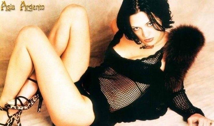 Asia Argento nahá. Foto - 10