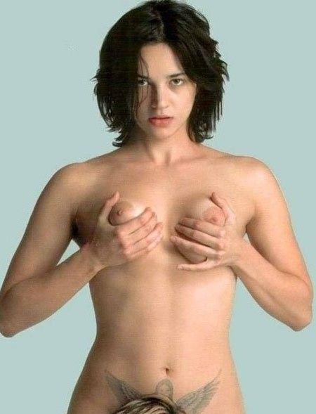 Asia Argento nahá. Foto - 18