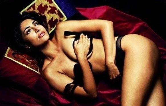 Caterina Murino nahá. Foto - 4