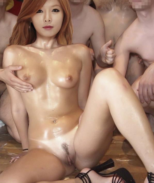 Hyuna nahá. Foto - 2