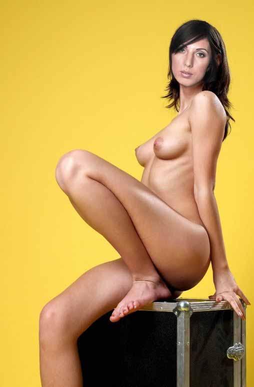 Nude. Photo - 7