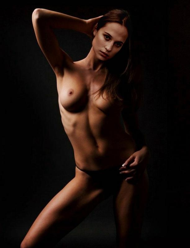 Nackt. Foto - 7