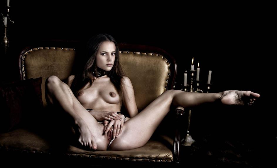 Nackt. Foto - 9