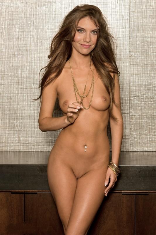 Lauren Cohan nahá. Foto - 33