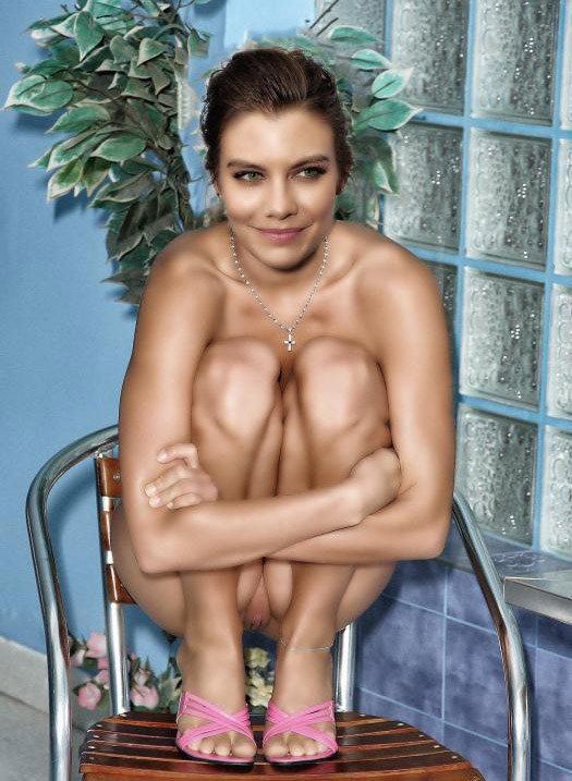 Lauren Cohan nahá. Foto - 43
