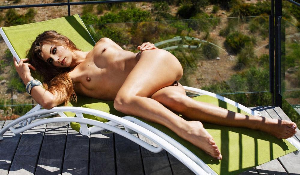 Lauren Cohan nahá. Foto - 49