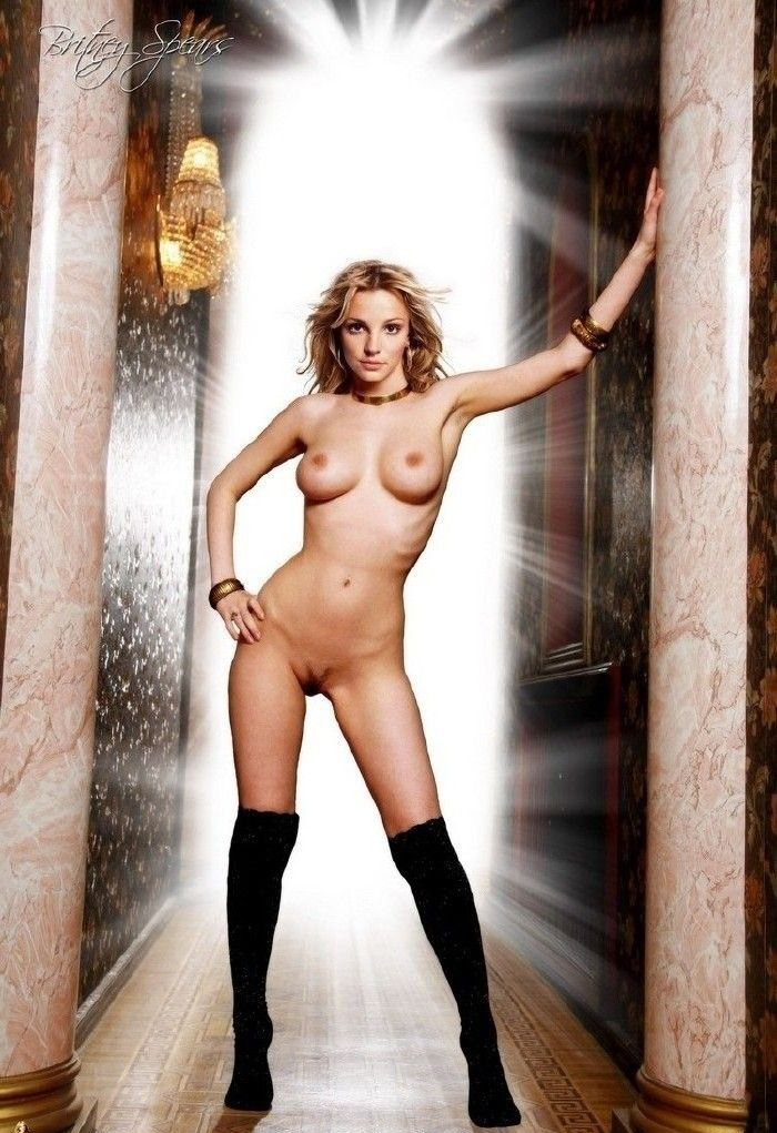 Britney Spears nude. Photo - 38