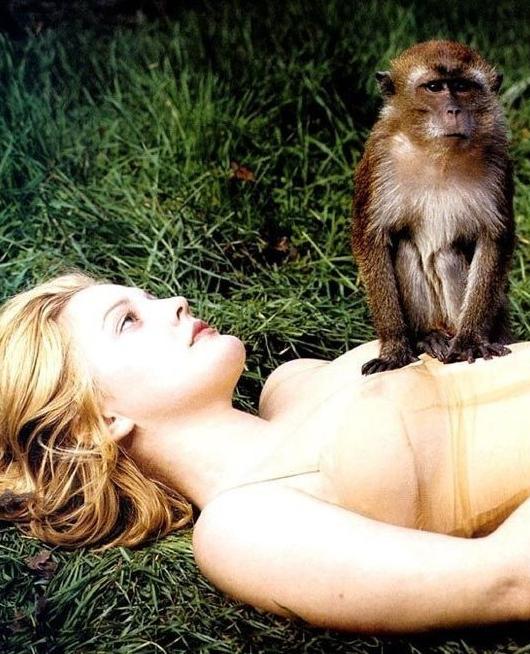 Drew Barrymore nahá. Foto - 18
