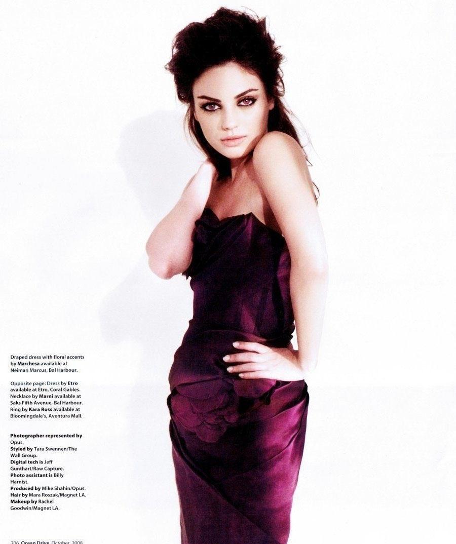 Mila Kunis nahá. Foto - 1
