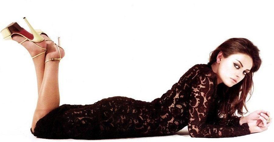 Mila Kunis nahá. Foto - 2