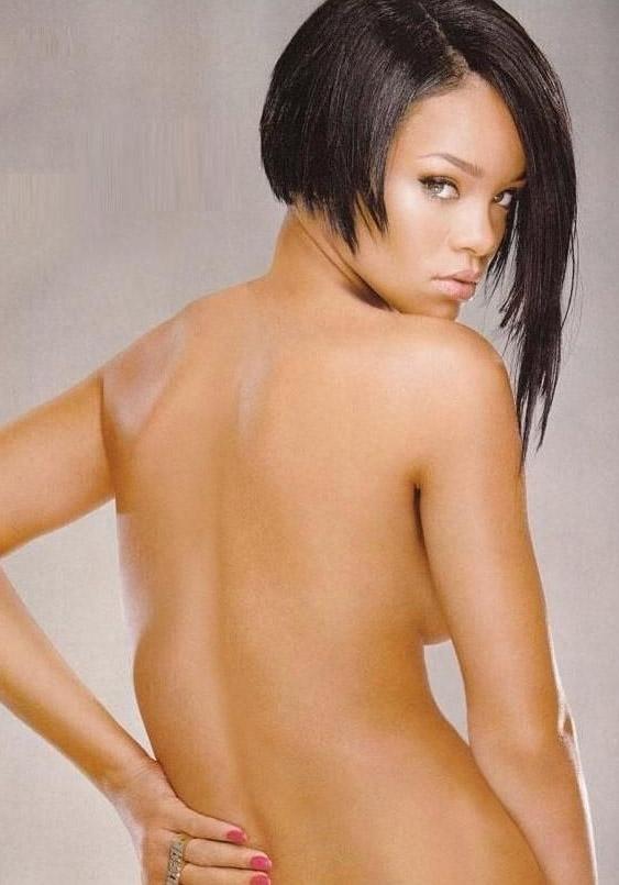 Rihanna nahá. Foto - 7