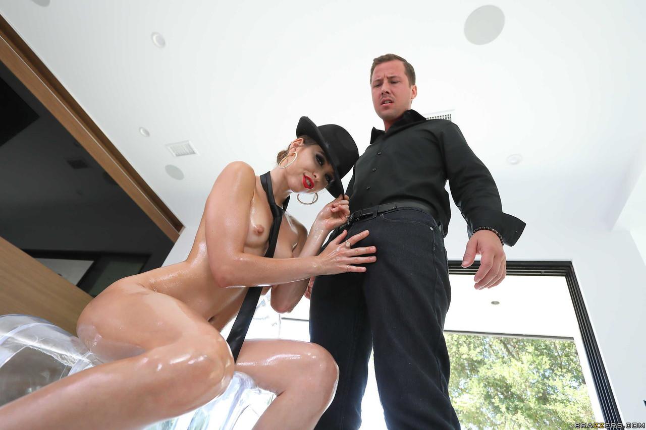 Anal porn photos. Gallery № 905. Photo - 2