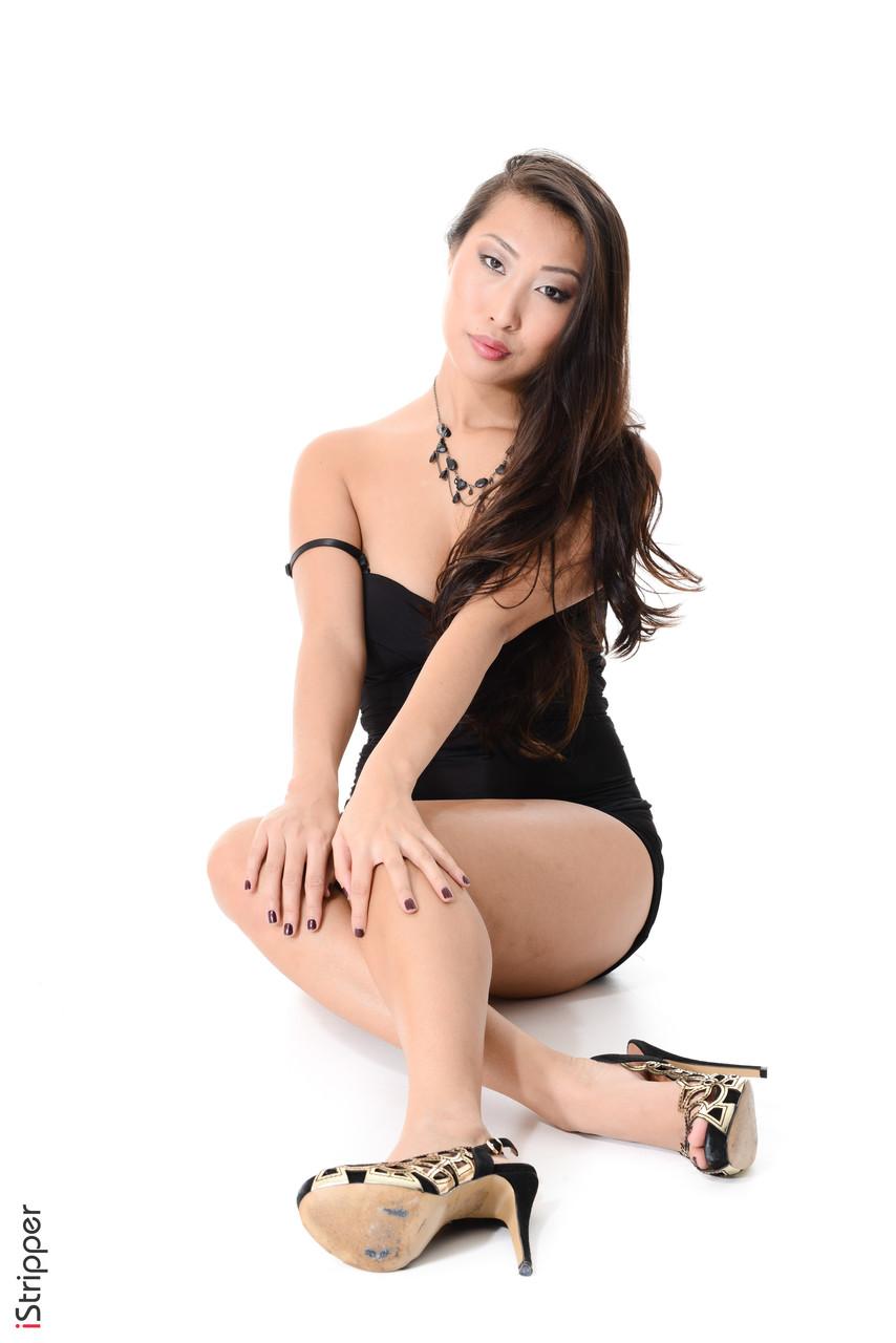 Asiatische Pornofotos. Galerie № 1301. Foto - 10